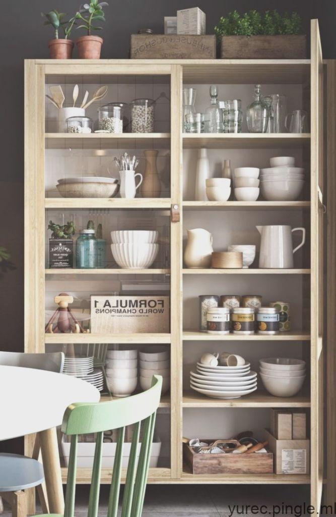 Deux Tendances Actuelles Les Themes Noir Et Blanc Et Scandinaves Peuvent Certainement Clutter Free Kitchen Kitchen Interior Kitchen Countertops