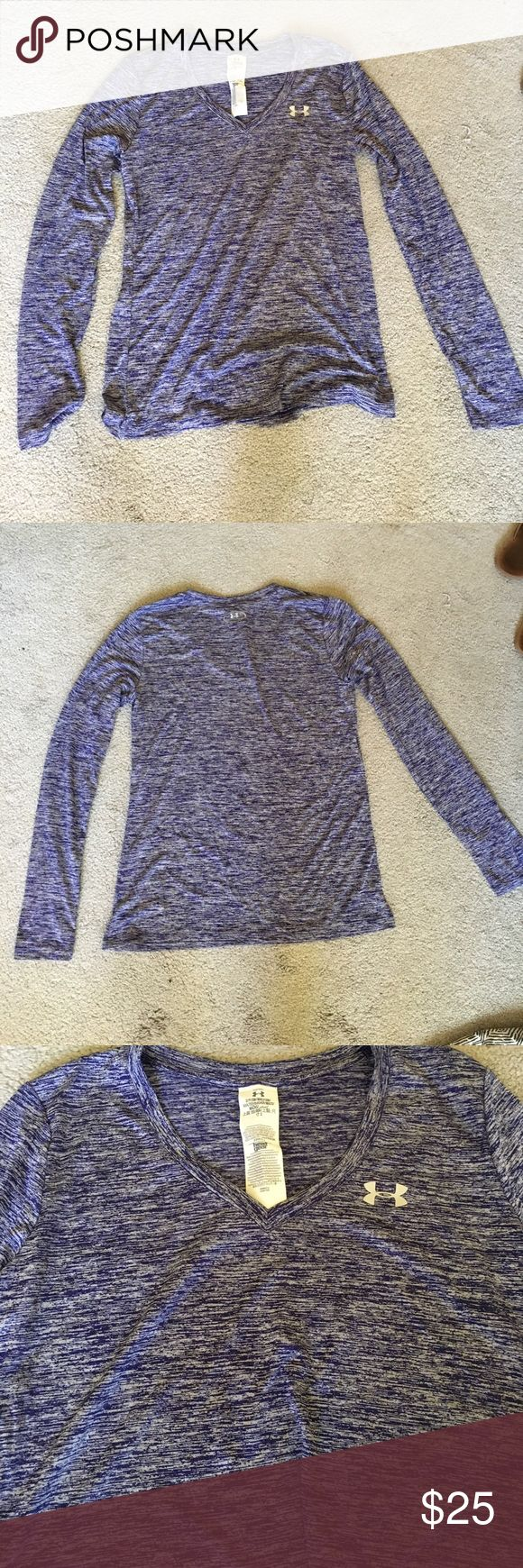 BNWOT Under Amor Heat Gear Longsleeved Workout Top BNWOT Under Amor Heat Gear Longsleeved Workout Top! Size Small. Heathered purple color. Excellent condition, never washed or worn. Super lightweight. Comes from a pet free, smoke free home! Under Armour Tops Tees - Long Sleeve