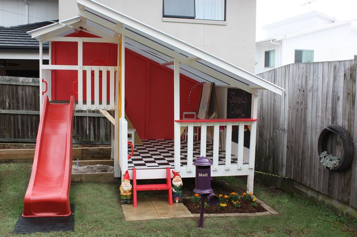 cubby house with a letter box #outdoorplay #playideas #cubby #fort #cubbyhouse #Christmasgifts