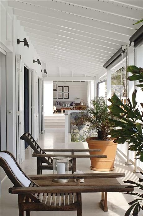 On the island of saint barthelemy marianne brandi and for Plantation style interior design