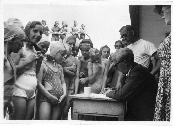 diplomazwemmen zuiderpark den haag 1949