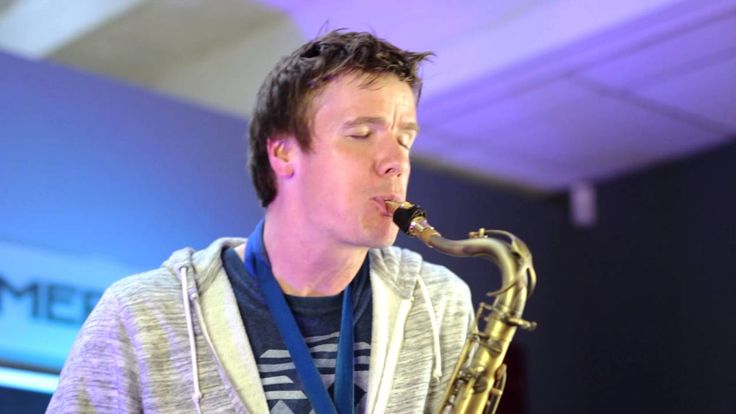 Derek Brown - BEATBoX SAX - What is Love @ Sax.co.uk Masterclass