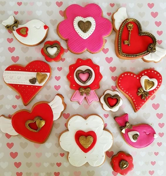 5 Valentine S Day Cookies By Di Art San Valentin Cakes Cookies