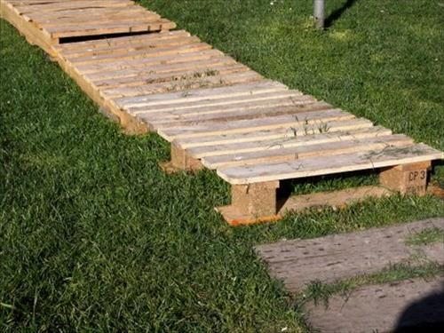 Building A Plank Walkway : Best images about pallet wood walkway on pinterest
