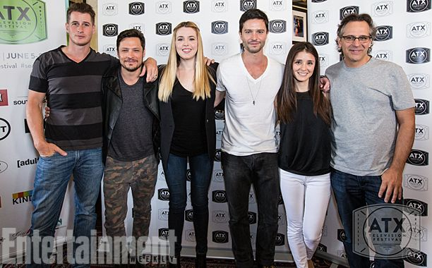 Roswell 15-year cast reunion at the ATX Television Festival June 2014. Man, I miss this show!