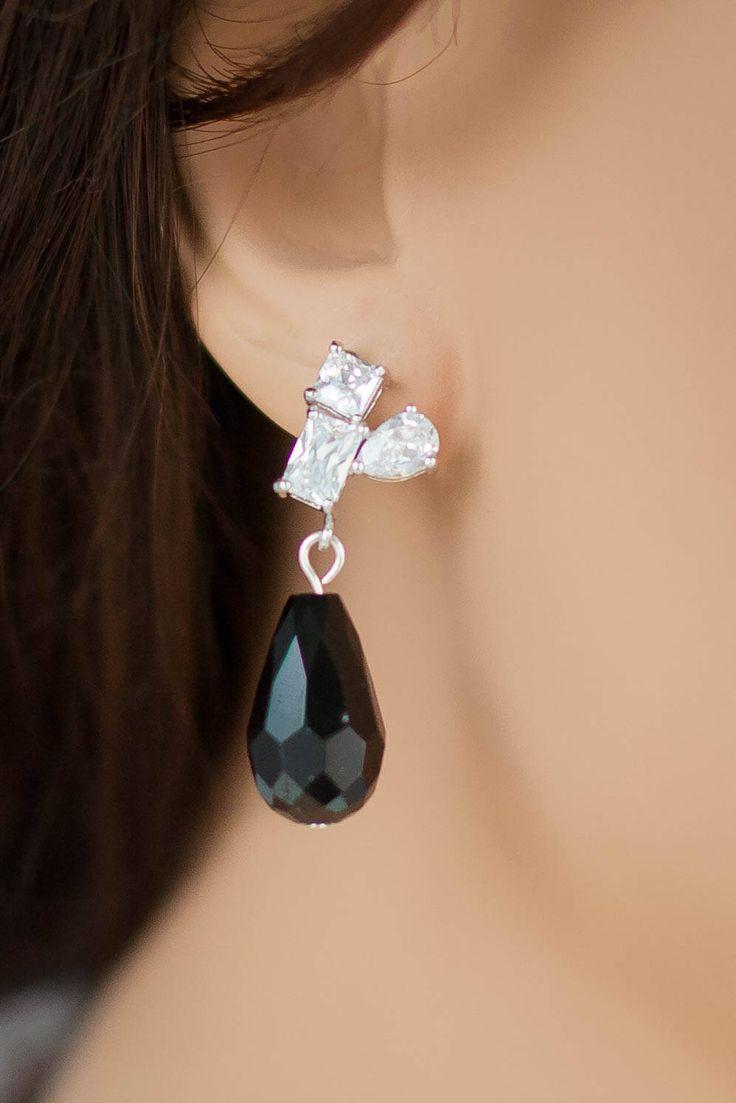 Mother of the bride jewelry - evening earrings - cocktail earrings - black earrings
