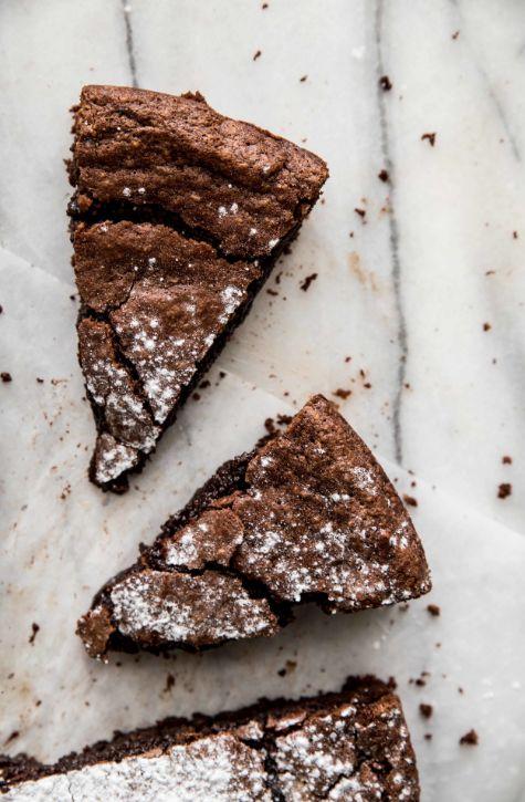 Chocolate Almond Cake by pastryaffair #Cake #Chocolate #Almond