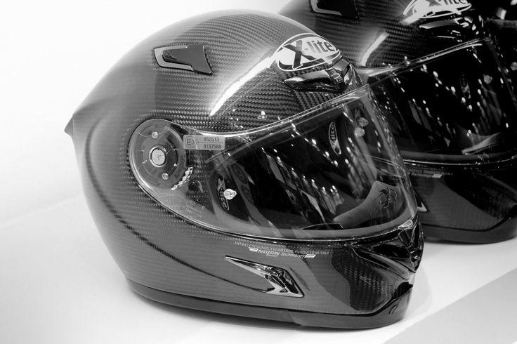 tout savoir sur les casques moto en fibre de carbone enjoy the ride. Black Bedroom Furniture Sets. Home Design Ideas