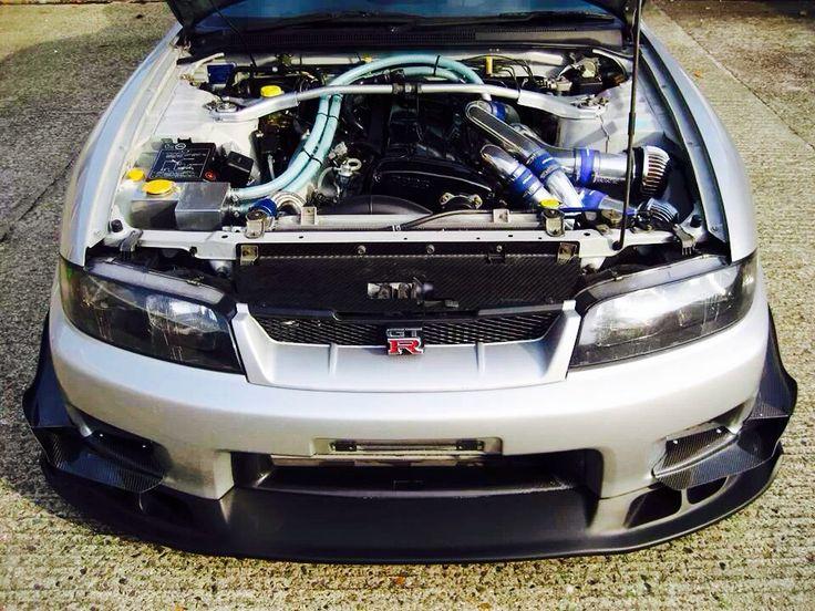 GTR R33 · Nissan Skyline ...