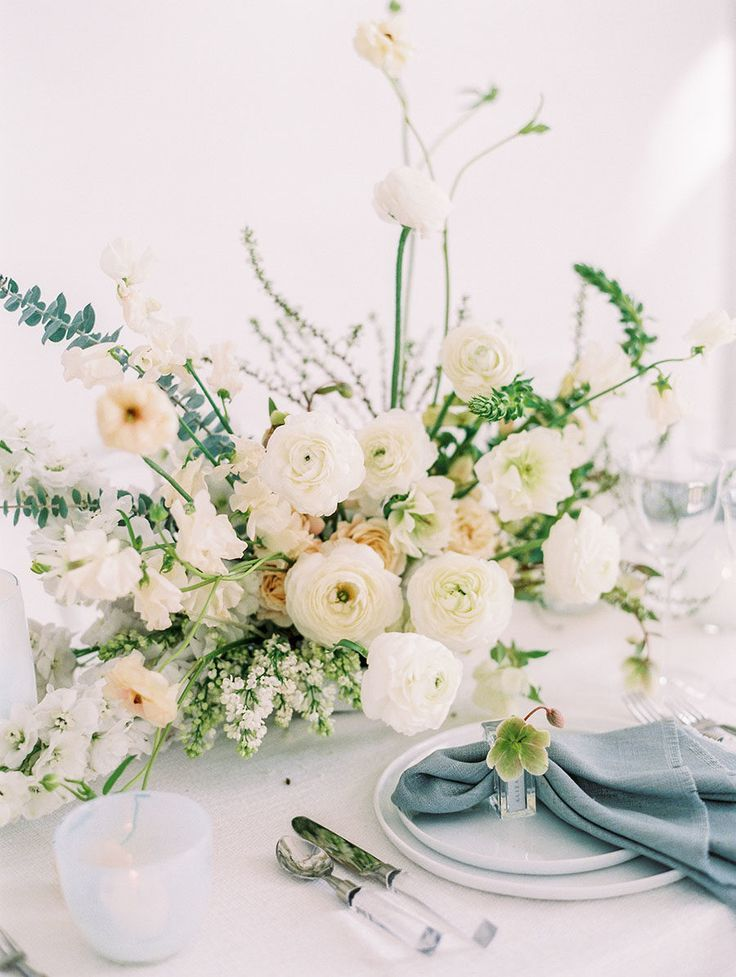 A Modern Wedding Shoot Infused With Deep Blue And Neutral Palette Accented With L Wedding Floral Centerpieces Flower Centerpieces Wedding White Wedding Flowers