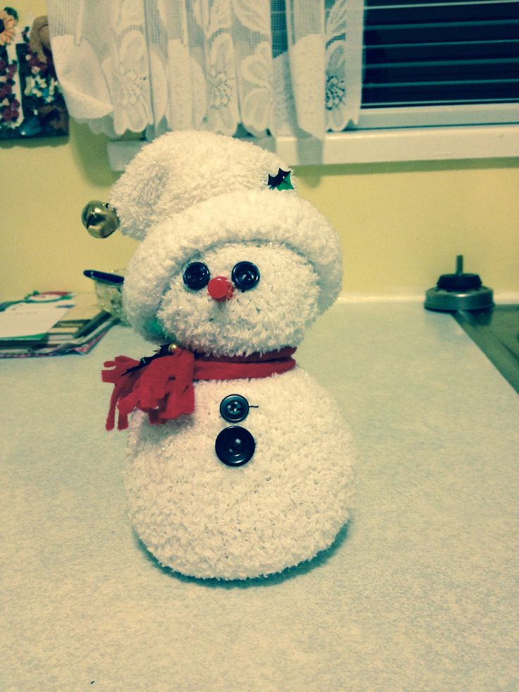 Snowman made from rice and a sock.