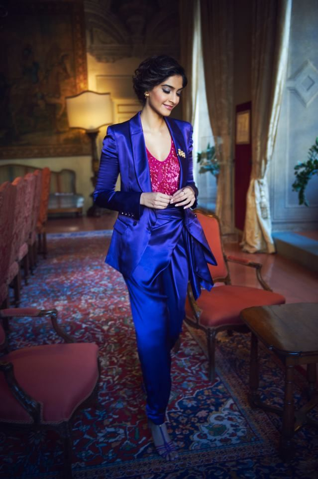 Shining bright. #Sonam #Bollywood