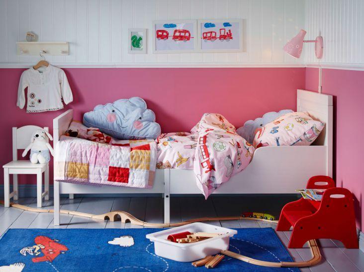 Meble dla dzieci http://www.weranda.pl/urzadzamy/jak-to-urzadzic/Pokoj-dzieciecy-inspiracje #meble #dziecko #dzień #dziecka #czerwiec #łóżko #chłopiec #dziewczynka #dzieci #pościel #dla #najmłodszych #pasy #kolory #pastele #czerwony #biały #tablica #szkoła #pokój #dom #wnętrza #aranżacje #child #kids #room #design #house #home #decor #colors #bed #furniture #yellow #ideas #decorating #inspiration #bed #pink #queen #girl #woman #girls #trends #fashion #bedroom #pillows