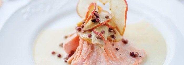 łosoś z suszonymi jabłkami i czerwonym pieprzem (kwestia smaku)