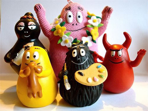 Barbapapa. Omgosh! I loved loved these guys. I had the figures and the books in french.