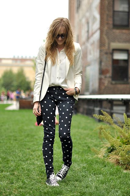 polka dot jean, white blazer, and chucks. Casual but put together