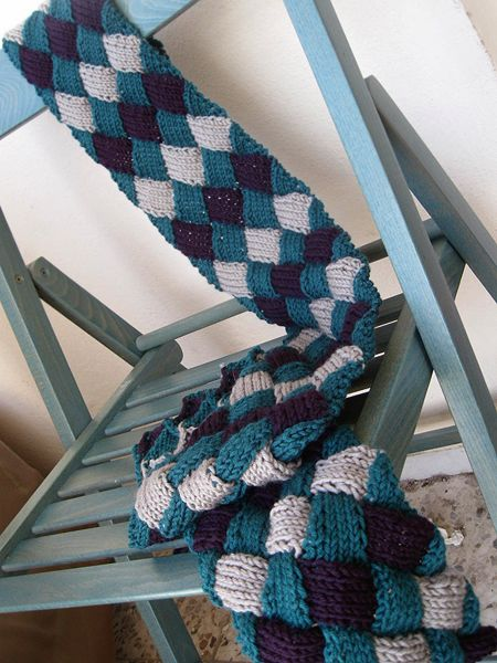 A person can never have too many scarvesScarf Ideas, Knits Scarf, Knits Crochet, Knits Scarves, Colors, Beautiful Knits, Knits Ideas, Crochet Scarves, Entrelac Knits