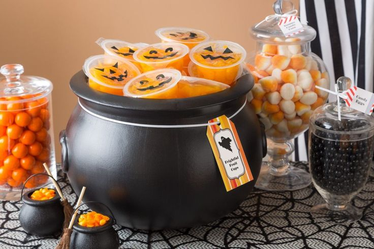 Fun, easy-to-make Halloween treats I'm pinning for a chance to win an Apple® iPad Air™ in the Avery Halloween Pin to Win Sweepstakes! Rules here: avery.com/treat. [Promotional Pin]