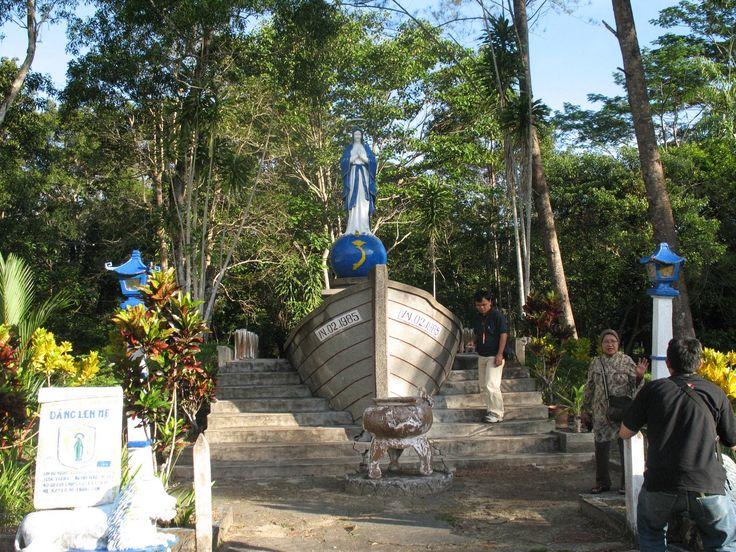 Ingin Mengunjungi Tempat Wisata Yang Unik? Datang Saja Ke Kampung Vietnam