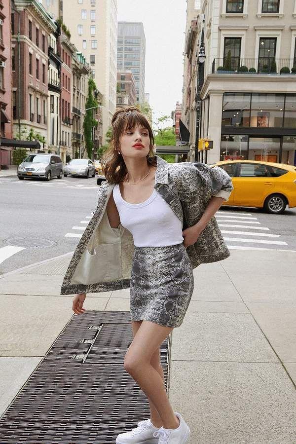 1161ba4611ae UO Snakeskin Print Mini Skirt in 2019   styling snakeskin   Mini ...