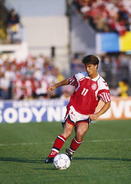 Brian Laudrup - Brondby, Bayer Uerdingen, Bayern Munich, Fiorentina, AC Milan, Rangers, Chelsea, FC Copenhagen, Ajax, Denmark.