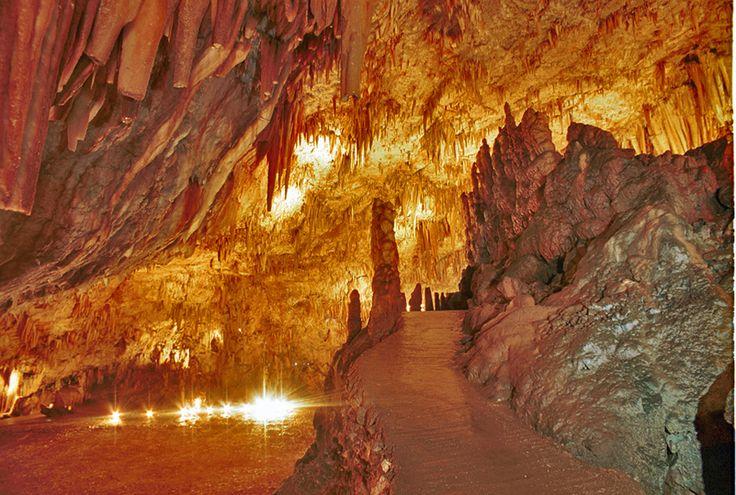 Drogarati Cave, Kefalonia, Greece