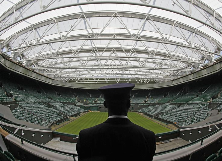 i will sit in this stadium and watch a wimbledon match:)