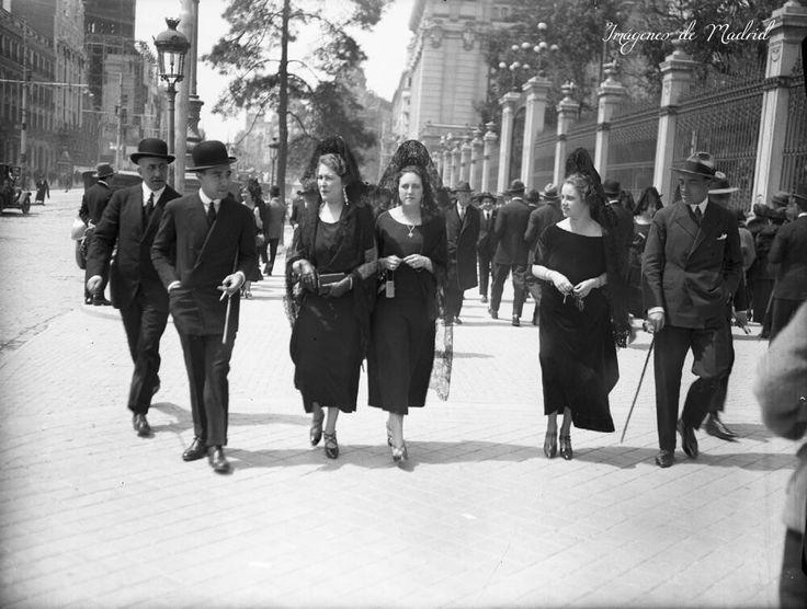 Un Jueves Santo en Madrid por la calle de Alcalá el año 1923. Fotografía de Otto Wunderlich, Fuente F.P.H.