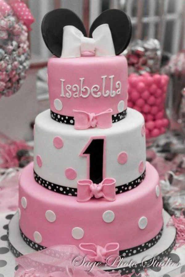 minnie mouse pink cakes…