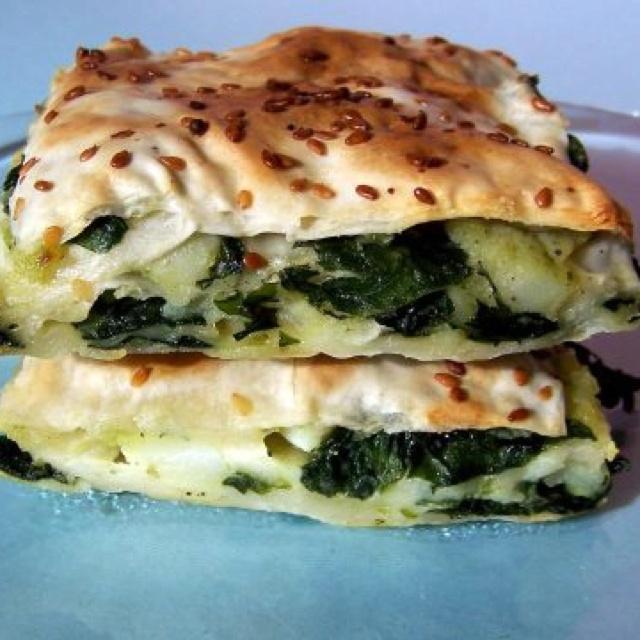 Börek stuffed with spinach
