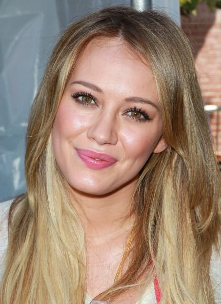 Love Hilary's natural look here. From the creator of Sex and The City, 'Younger' stars Sutton Foster, Hilary Duff, Debi Mazar, Miriam Shor and Nico Tortorella. Discover full episodes at http://www.tvland.com/shows/younger.