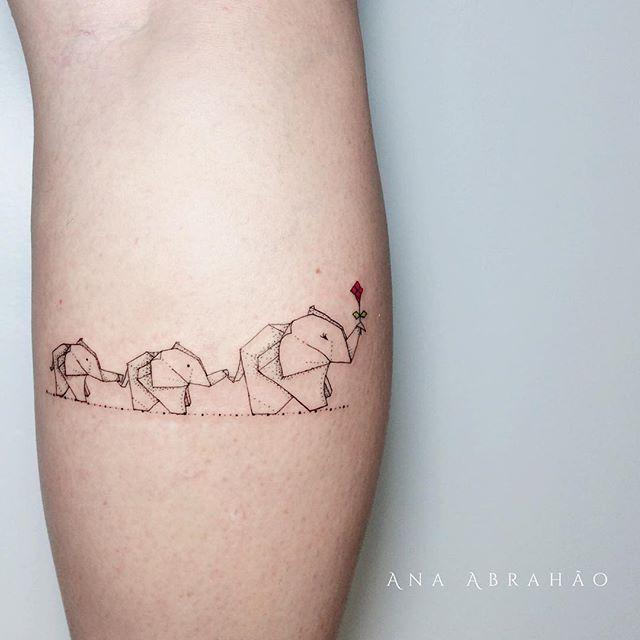 Familia elefante tattoo