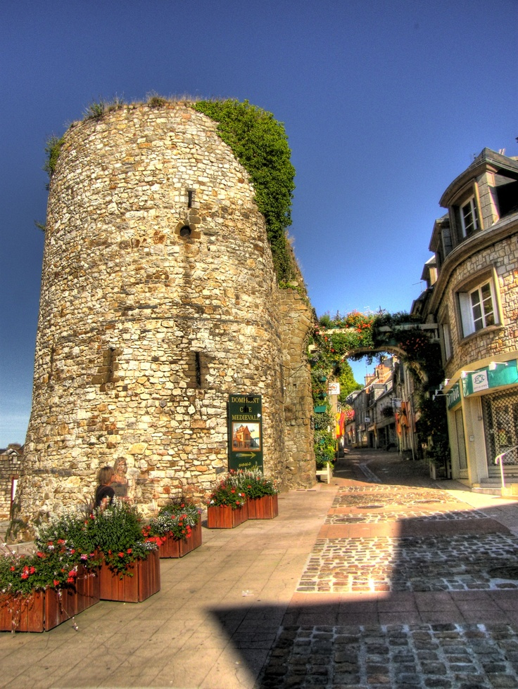 Le Grand Rue, Domfront, France