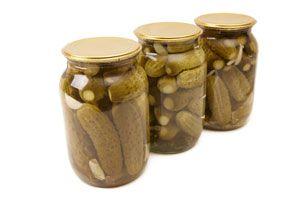 Receta para hacer pepinos en vinagre. Ingredientes y preparación para hacer pepinos en vinagre artesanales. Cómo preparar pepinos en vinagre casero