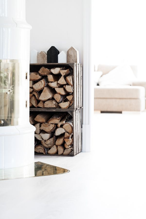 Clever and nice way to store (and fetch) wood