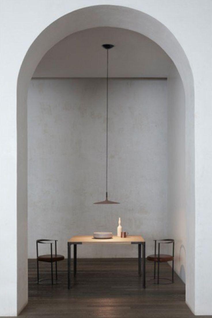 Aplomb large pendant light