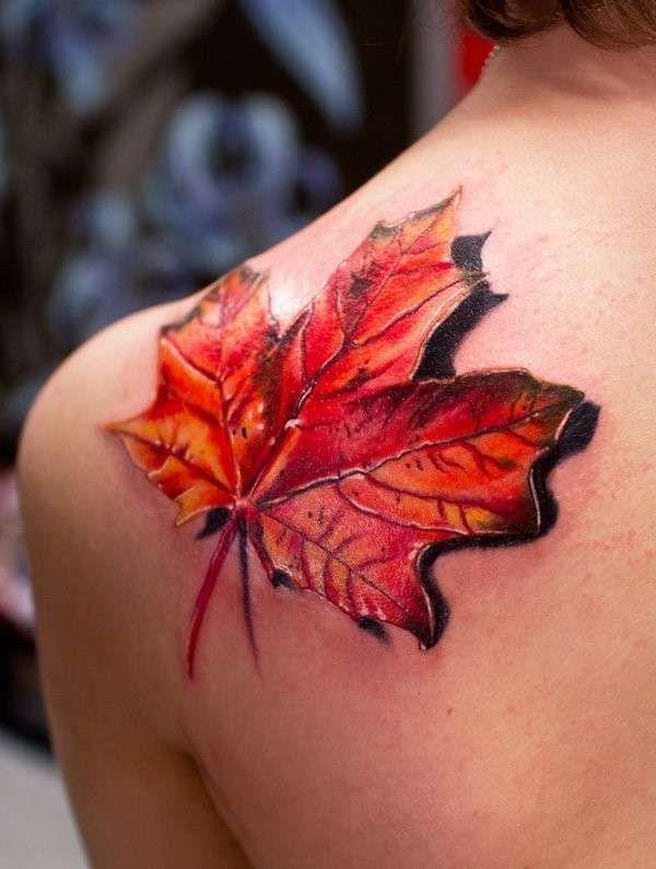 Tatuaggio foglia d'acero in 3D - Tatuaggio foglia d'acero in 3D, tra i tatuaggi per l'autunno 2015 più belli.