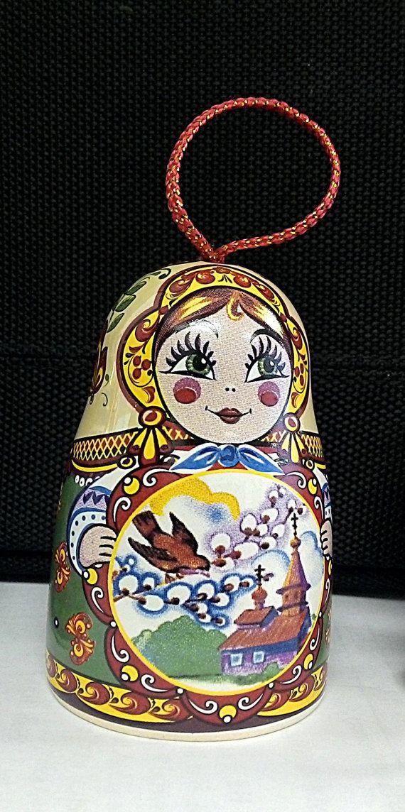 Authentic Russian Faience Decorative Matreshka Bell por Perdyn