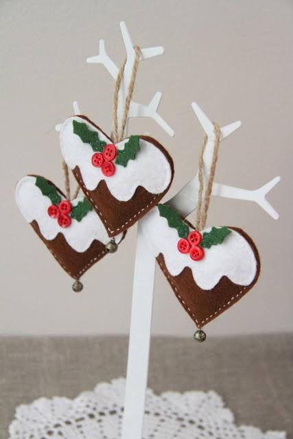 Felt Christmas Pudding Heart