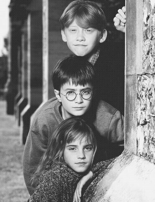 I've read all the Harry Potter books and watched all the Harry movies so many times I've lost count!⚡️✨