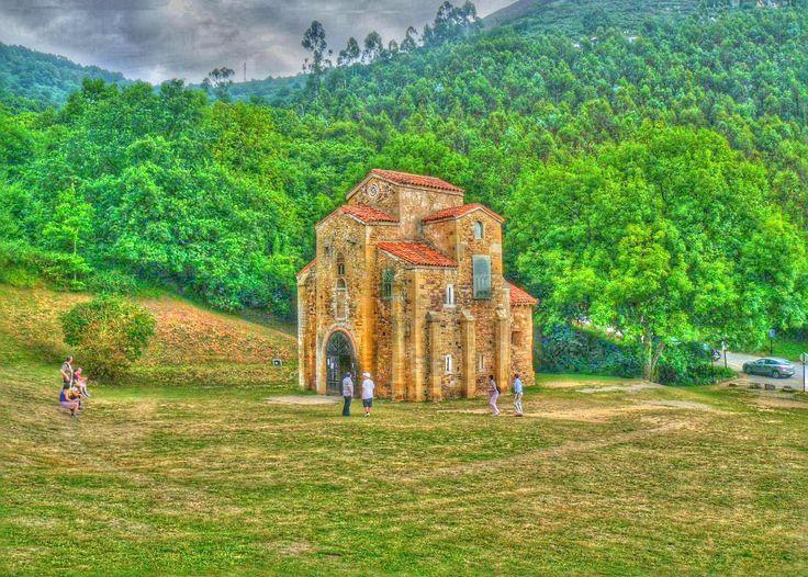 Oviedo - Chiesa Preromanica