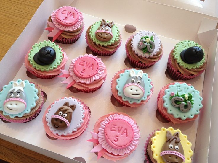 Horse Riding Cupcakes All Things Cake Pinterest Cake Stuff Themed Cupcakes And Cake