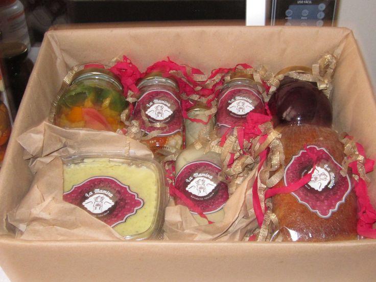 Ancheta para regalo con diferentes productos de La Mamina