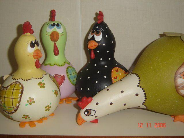 galinhas pintadas em porongo