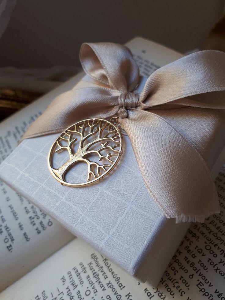 Μεταλλικό δέντρο της ζωής,πάνω σε κουτάκι,πρωτότυπες μπομπονιέρες γάμου καλεστε 2105157506