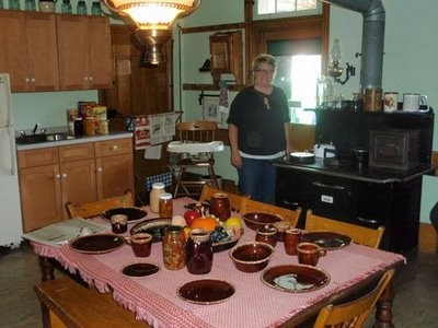 77 best images about amish homes farms on pinterest for Amish kitchen cabinets lancaster pa