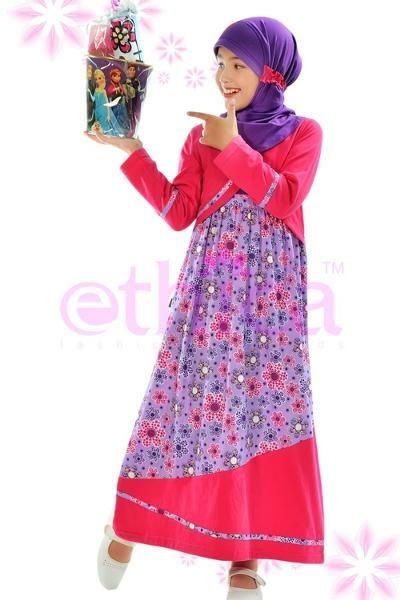 Jual beli Baju Gamis Anak Ethica ORK - 16 Ungu   di Lapak Aprilia Wati - agenbajumuslim. Menjual Dress - Ethica ORK 16 Ungu Code :  ORK 16 Ungu  Bahan : Katun-Kaos  Warna : Ungu (4.9) Harga: Size 0  Rp. 201.800 Size 1 Rp. 204.600 Size 2 Rp. 210.900 Size 3 Rp. 214.700 Size 4 Rp. 225.800 Size 5 Rp. 230.900 Size 6 Rp. 236.500 Size 7 Rp. 240.900 Size 8 Rp. 244.700 Size 9 Rp. 248.600 Size 10 Rp. 259.600 Deskripsi : Bahan Kaos kombinasi katun  CATATAN PENTING YANG HARUS DIPERHATIKAN:  HARGA…