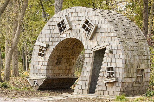 strange and unusual homes | The Most Amazing and Unusual Houses in the World