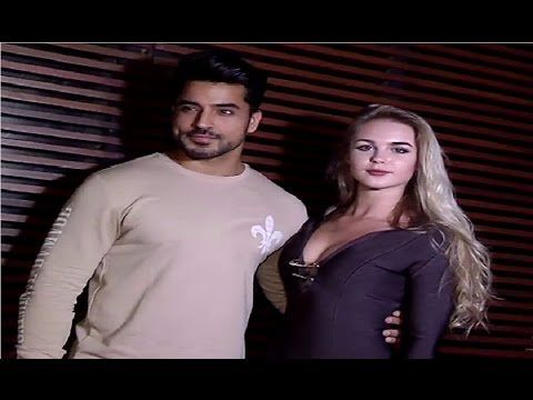 Gautam Gulati spotted with his H*T girlfriend at pub opening party 2016.