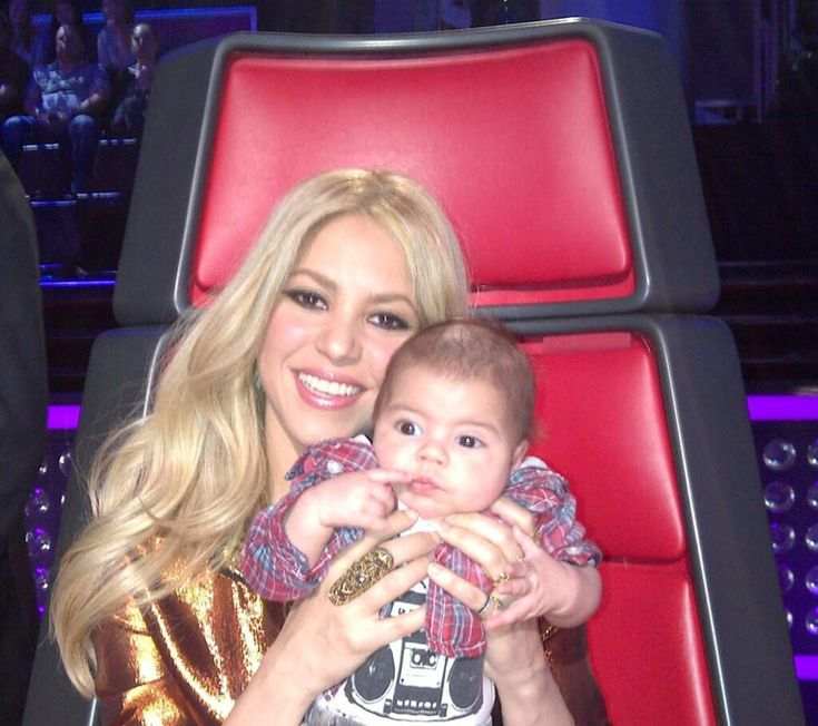 Shakira with her beautiful boy Milan! #hello #adorable